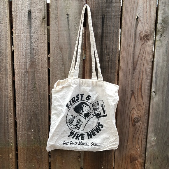 Vintage Handbags - Vintage Pike's Place Reading Seattle Tote Bag